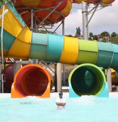 Estrenamos Six Flags Hurricane Harbor en Oaxtepec! 🌊 🏄⛱