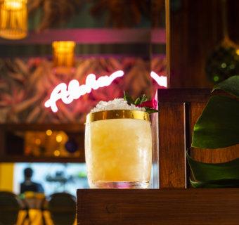 Los mejores drinks al estilo Hawaiano en Waikiki Tiki Room