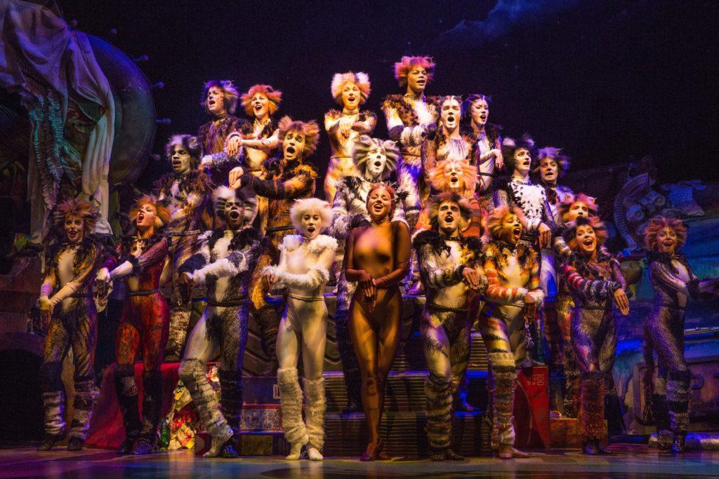 Año del Teatro Chicago, Teatro, Chicago, Musicales