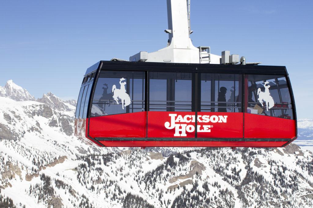que comer en jackson hole, esquiar en jackson hole, guia de viaje para esquiar, waffles jackson hole, donde hospedarse, como llegar a wyoming, aerial tram