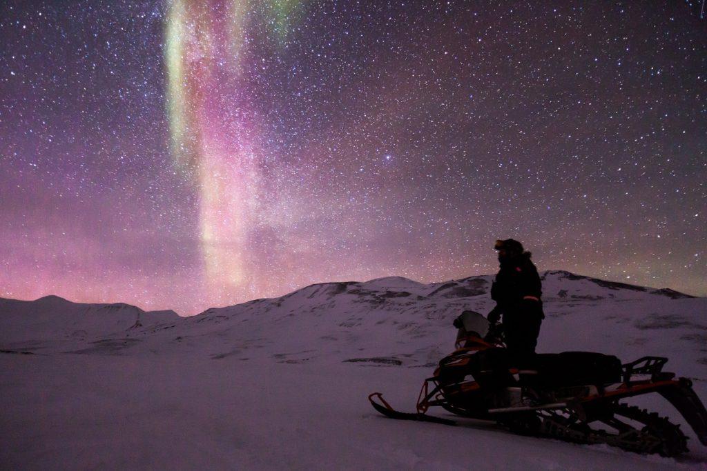 que hacer en cuarentena, cuarentena coronavirus, que hacer en casa, viajes desde casa, quedate en casa, aurora boreal en canada,