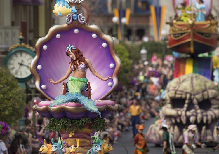 la sirenita, happily ever after, magic kingdom, donde ver happily ever after, fuegos artificiales disney