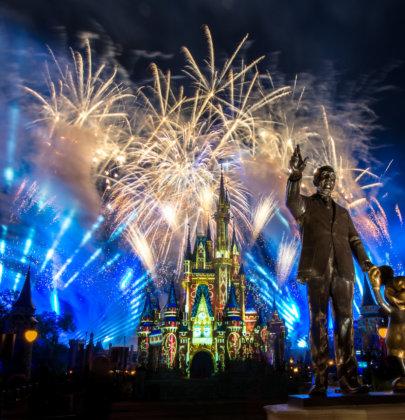 Walt Disney World transmitió su show de fuegos artificiales y ya estamos llorando: Video
