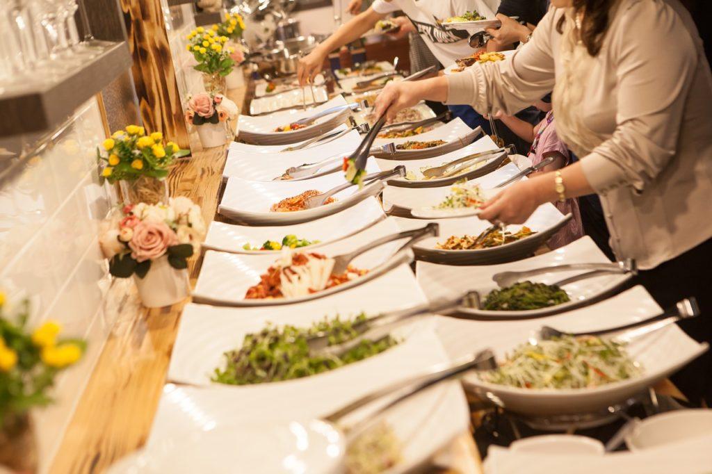 buffets hoteles covid, donde te contagias de covid, que hacer en un buffet coronavirus